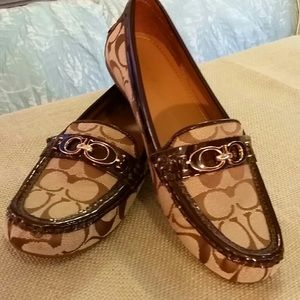 Authentic Coach Signature Loafers, Brown/tan. EUC